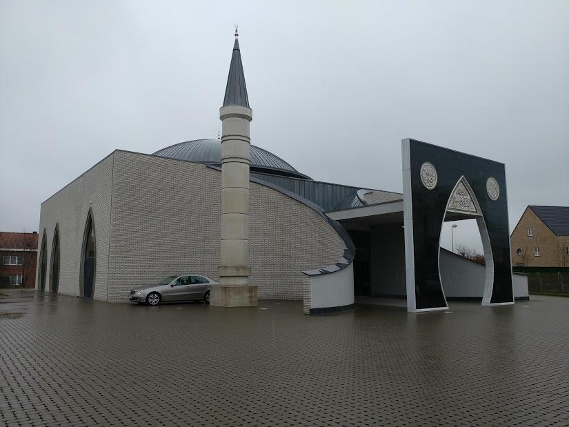 Molla Gürani Camii, Lier, Belgium