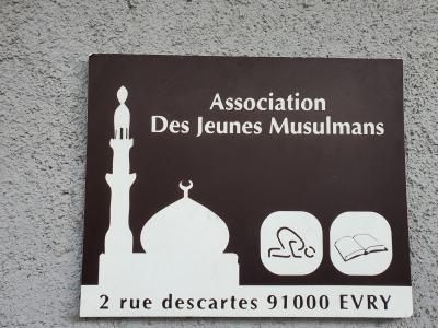 Association des jeunes musulman, Evry