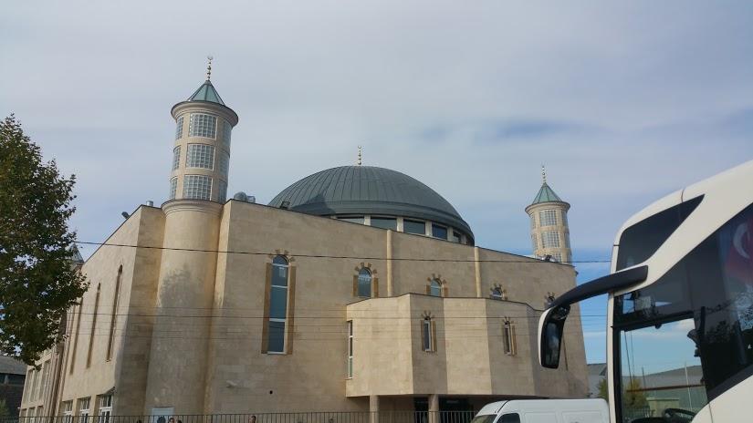 Mosquée Eyüb Sultan - IGMG, Venissieux, France